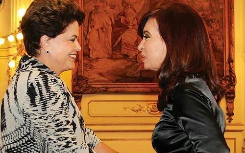 Coragem, Dilma! Em sua 1ª viagem oficial ao exterior, Dilma se reuniu com a presidente da Argentina, Cristina Kirchner, na Casa Rosada, em Buenos Aires. Foto de Roberto Stuckert Filho/PR.