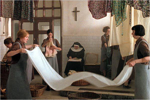"""Cena do filme  """"Em nome de Deus"""" (2002)"""