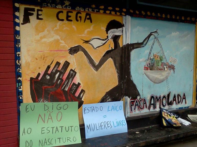 Dois dos cartazes que fiz para a Marcha das Vadias 2013 em Belo Horizonte