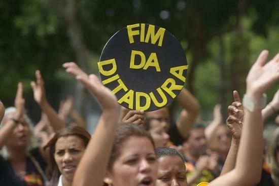 Manifestação de professores no Rio de Janeiro. Foto: SEPE RJ.