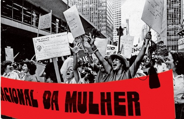 Passeata de mulheres no Rio de Janeiro em 1983. Foto de Almir Veiga/CPDOC JB.