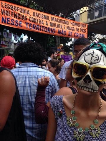Bloco das Perseguidas 2014 no Carnaval do Balaio Café em Brasília/DF. Foto de Drag On no Facebook.