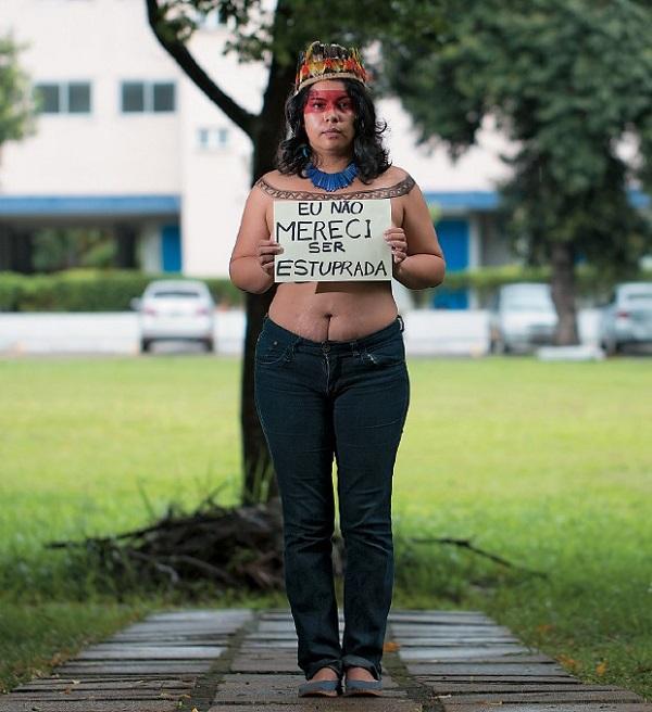 Daiara Figueroa, 31 anos, professora. Foto de Igo Estrela/Revista Época.