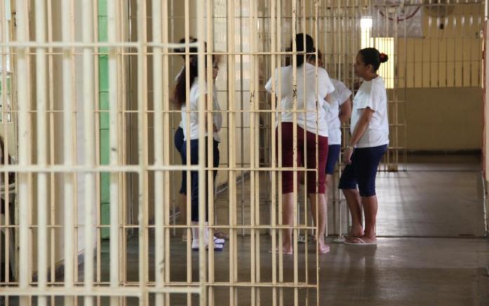 mulheres presas
