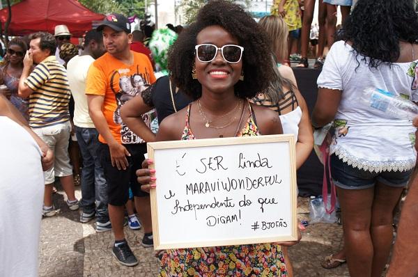 Campanha fotográfica: Como é Ser Uma Mulher Negra. Idealizada por Somer Nowak, do Coletivo Feminista Bonecas de Pixe.