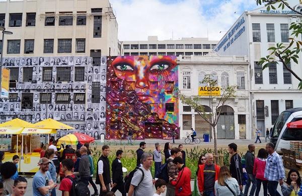 """Rio de Janeiro. 2016. Mural """"Nice"""" no Boulevard Olímpico, obra de Panmela Castro. De acordo com a mitologia grega, Nice é a divindade que personifica vitória, triunfo e glória. Imagem: Site oficial Panmela Castro."""